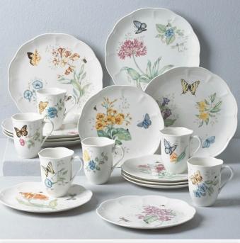 Butterfly 18 piece Dinnerware set